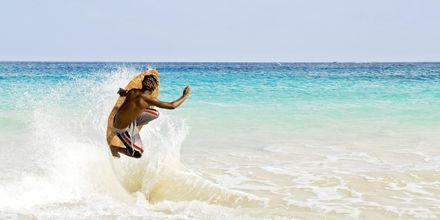 Surfing i Santa Maria på Sal, Kap Verde