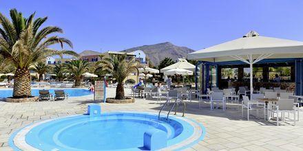 Børnepool på hotel Santo Miramare Resort på Santorini, Grækenland.
