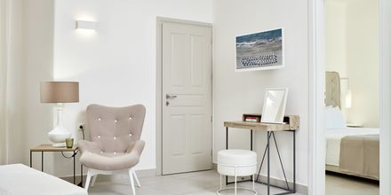 Familie-værelse på hotel Santo Miramare Resort på Santorini, Grækenland.
