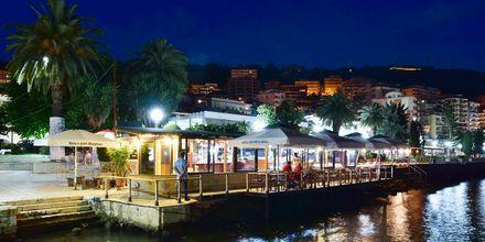 Aften i Saranda, Albanien.