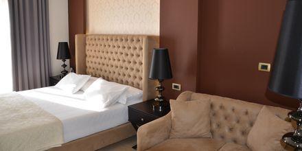 Dobbeltværelse på Hotel Sejko i Saranda, Albanien.