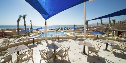 Poolbaren på Hotel Shams Prestige Abu Soma i Soma Bay, Egypten.