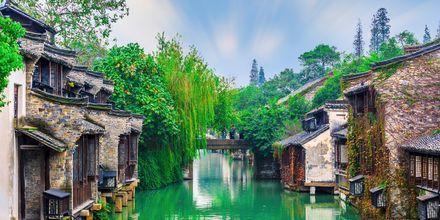 Wuzhen er en historisk by udenfor Shanghai. Den er placeret på UNESCO's verdensarvsliste.