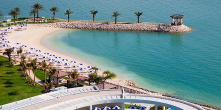 Sheraton Grand Doha Resort i Doha, Qatar ligger ved Dohas længste naturlige strand.