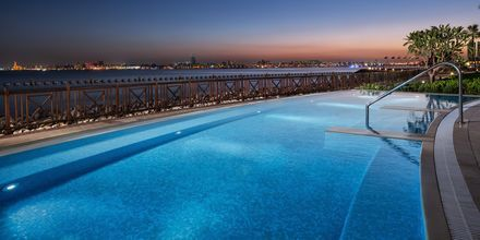 Pool ved Sheraton Grand Doha Resort i Doha, Qatar.