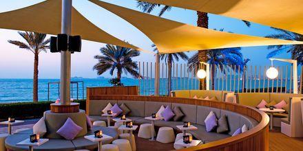 Loungebaren på Hotel Sheraton Jumeirah Beach i Dubai, De Forenede Arabiske Emirater.