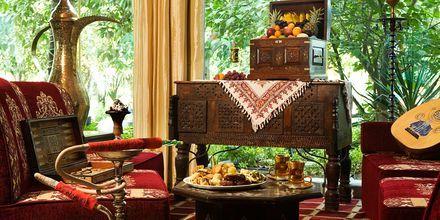 Al Hadiqa bar på Sheraton Jumeirah Beach Resort i Dubai, De Forenede Arabiske Emirater.