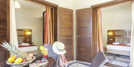 Junior-suite på Skopelos Holidays Hotel & Spa, Grækenland.