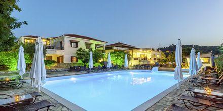 Poolområde på Skopelos Holidays Hotel & Spa, Grækenland.