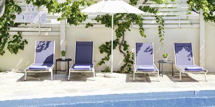 Poolområde på Hotel Skopelos Village på Skopelos, Grækenland