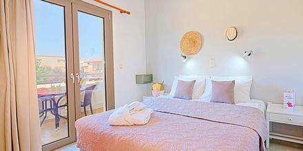 3-værelses lejligheder på Hotel Sonio Beach i Platanias på Kreta, Grækenland.