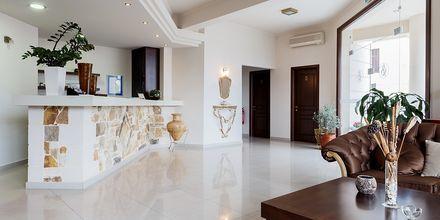 Reception på Hotel Sophia Beach i Platanias på Kreta, Grækenland.