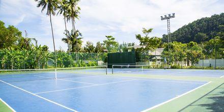 Tennisbane på Hotel Southern Lanta Resort, Thailand.