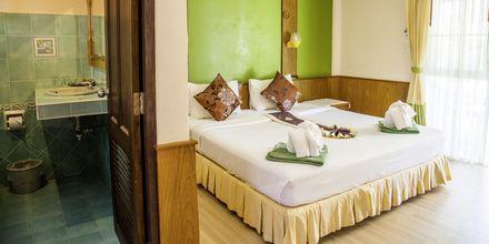 Superior-værelse på Hotel Southern Lanta Resort, Thailand.