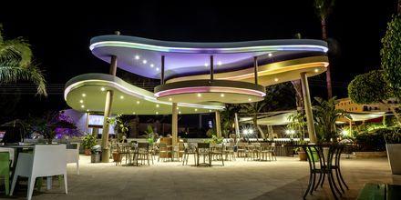 Poolbar på hotel Stamatia, Ayia Napa.