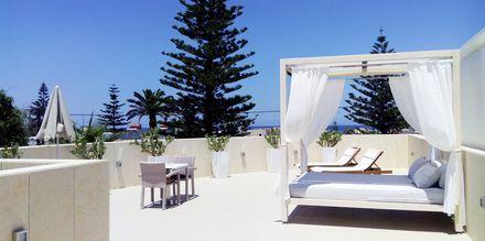 Tagterrasse ved 1-værelses lejligheder deluxe på hotel Summertime i Platanias, Kreta