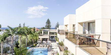 Poolområdet på hotel Summertime i Platanias, Kreta