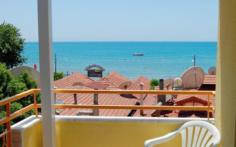 Balkon på hotel Sunflower i Side, Tyrkiet.