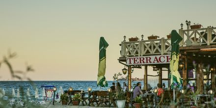 Restaurant ved stranden i Sunny Beach, Bulgarien.