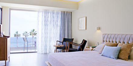 Deluxe-værelse med havudsigt på hotel Sunrise Jade i Fig Tree Bay, Cypern