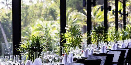 Restaurant Surf Bar på Sunsuri Phuket i Nai Harn Beach på Phuket, Thailand.