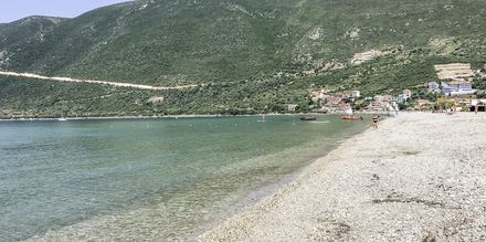 Stranden ved Hotel Sunwaves i Vassiliki på Lefkas.