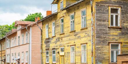 Træhuse i hippe Kalamaja i Tallinn, Estland.