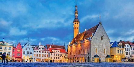 Rådhustorvet i Den Gamle By i Tallinn