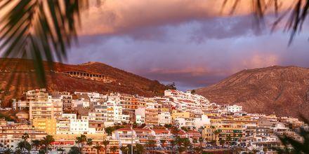 Udsigt over bjergene i Los Cristianos på Tenerife, De Kanariske Øer.