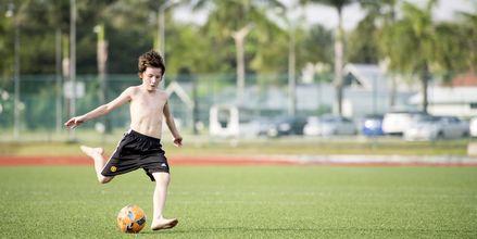 Fodbold på Thanyapura Sport & Health Resort på Phuket i Thailand.