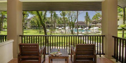 Dobbeltværelser i bungalow på hotel The Leaf Oceanside i Khao Lak i Thailand