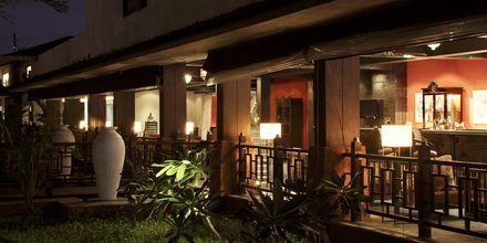 Bar på The O Hotel Goa, Indien