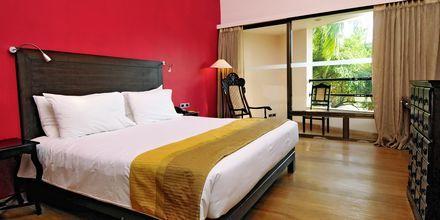 Deluxe-værelse på The O Hotel Goa i Goa, Indien.