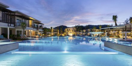 Poolområde på Hotel The Waters Khao Lak by Katathani i Thailand.