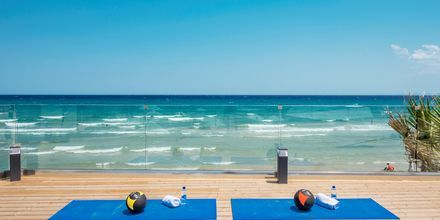Gratis holdtræning på Tsilivi Beach på Zakynthos, Grækenland.