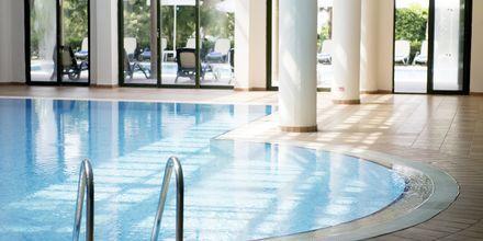 Indendørs pool på hotel Turquoise Resort Hotel & Spa i Side, Tyrkiet.
