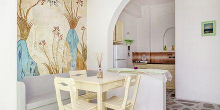 2-værelses lejlighed på Hotel Tzortzis i Kamari på Santorini.