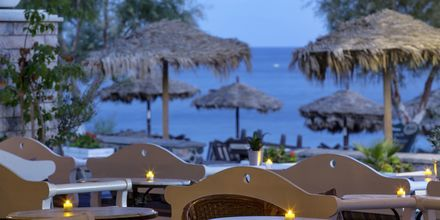 Baren på hotel Veggera på Santorini.
