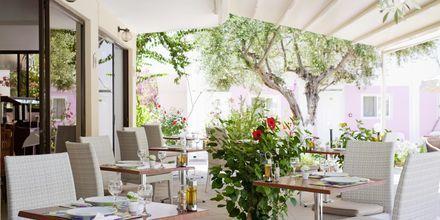 Restaurant på Hotel Venezia i Karpathos by, Grækenland.