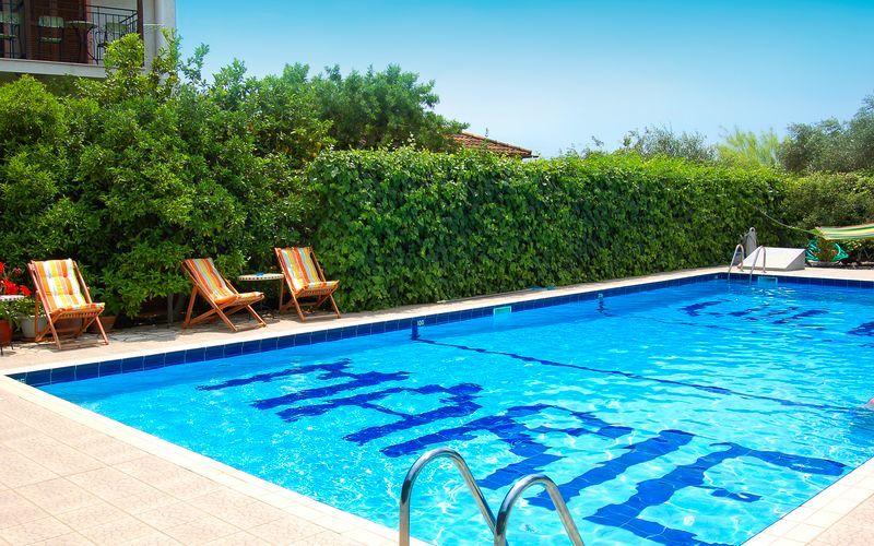 Pool på Villa Marie i Sivota, Grækenland