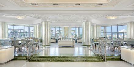 Buffetrestauranten Qasr Al Bahar på Waldorf Astoria Ras Al Khaimah