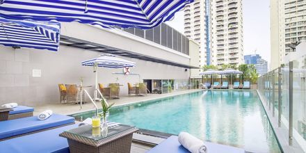 Pool på hotel Well i Bangkok, Thailand.