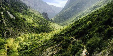 I Zagoria-området findes 65 mio. stenbelagte stier til vandring og løb.