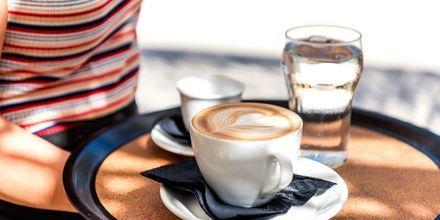 Nyd en dejlig kaffe på din ferie på Zakynthos.
