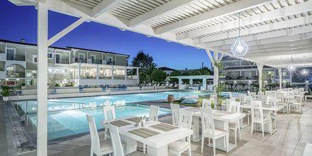 Poolområdet på Zante Park Resort & Spa, Zakynthos, Grækenland.